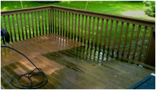 Power washing and restaining decks in Vaughan